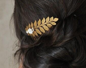 Comb gold leaf, pearls and rhinestones