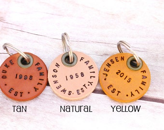 Leather keychain, personalized, personalized key chain, bridal gift, birthday gift, wedding gift, family gift,