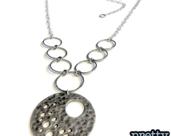 Antique Silver Circle Pendant Necklace