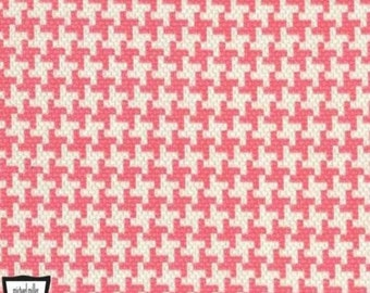Michael Miller Textured Basics by Patty Young Vintage Houndstooth in Salmon by the Yard