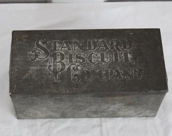 Antique biscuit tin Standard Biscuit Company