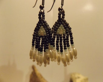 Native American inspired Bead Earrings, Woven Bead Work Earrings, Native American Jewelry, Seed Bead, Woven Bead Earrings, Healing Jewelry
