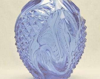 Art Glass Neodymium/Alexandrite Sculpture Vase