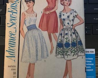 Vintage 60s Advance 3408 Dress Pattern-Size 10 (31-24-33)
