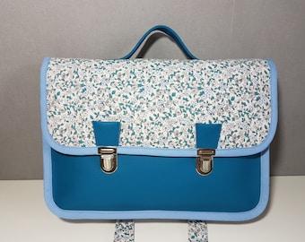 Cartable maternelle 30 cm x 20 cm, simili cuir bleu canard et tissu liberty
