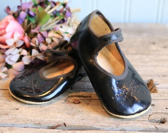 1940s Patent Mary Janes, Baby