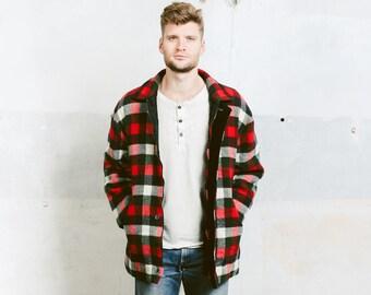 Men's Wool Jacket . Vintage 70s Bufalo Plaid Winter Coat Lumberjack Padded Shirt Red Black Jacket . size Medium
