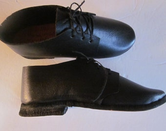 handmade childrens shoes, unworn from old nauvoo, mormon community, all leather shoes