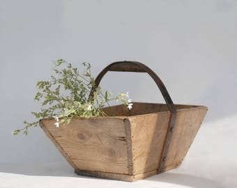 Wood Basket, Farmhouse Decor Wooden Basket, French Country Kitchen, Rustic Storage, Laundry Decor.