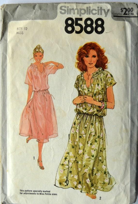 1970er Jahren Einfachheit Vintage Schnittmuster 8588 Größe