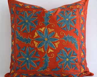 SALE! Embroidered Silk Suzani Pillow - Suzani Bedding, Suzani Pillow Cover, Red Pillows, Red Pillow Covers, Red Decorative Pillow covers