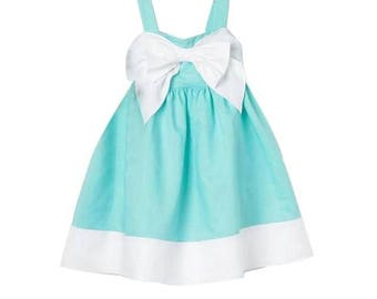 Eleganr girl dress solid color with bow