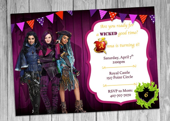 Mal Evie Uma Descendants Invitation Descendants 2