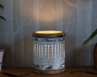 The 'Candela' small table lamp, ideal for the bedroom