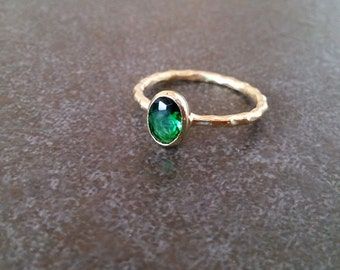 SALE! Oval Emerald Ring, Thin Stackable Ring, Gemstone Ring,Stacking Ring,Green Ring, Bridal Ring,Gold Ring