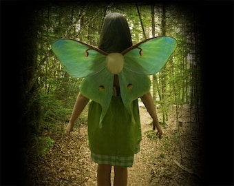 Realistic LUNA MOTH Costume Wings for Halloween, women or Girls Fairy Costume, Green Butterfly Wings, Moth Costume
