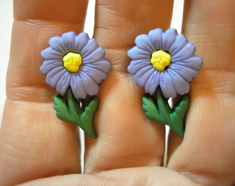 "Play Earring - Clip - Garden Daisy - Purple - 1/2""x7/8"""