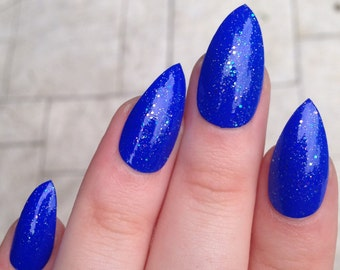 fake nails, stiletto nails, blue nails, press on nails, glitter nails