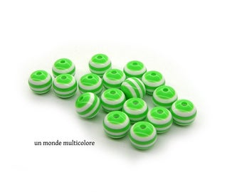 Acrylic striped green and white 10 mm 10 beads