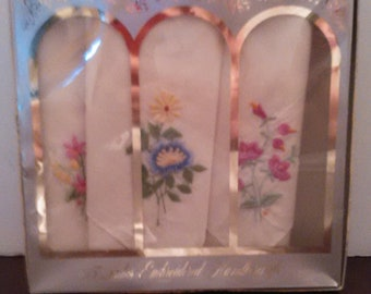 Three Vintage Ladies Embroidered Handkerchief in Box