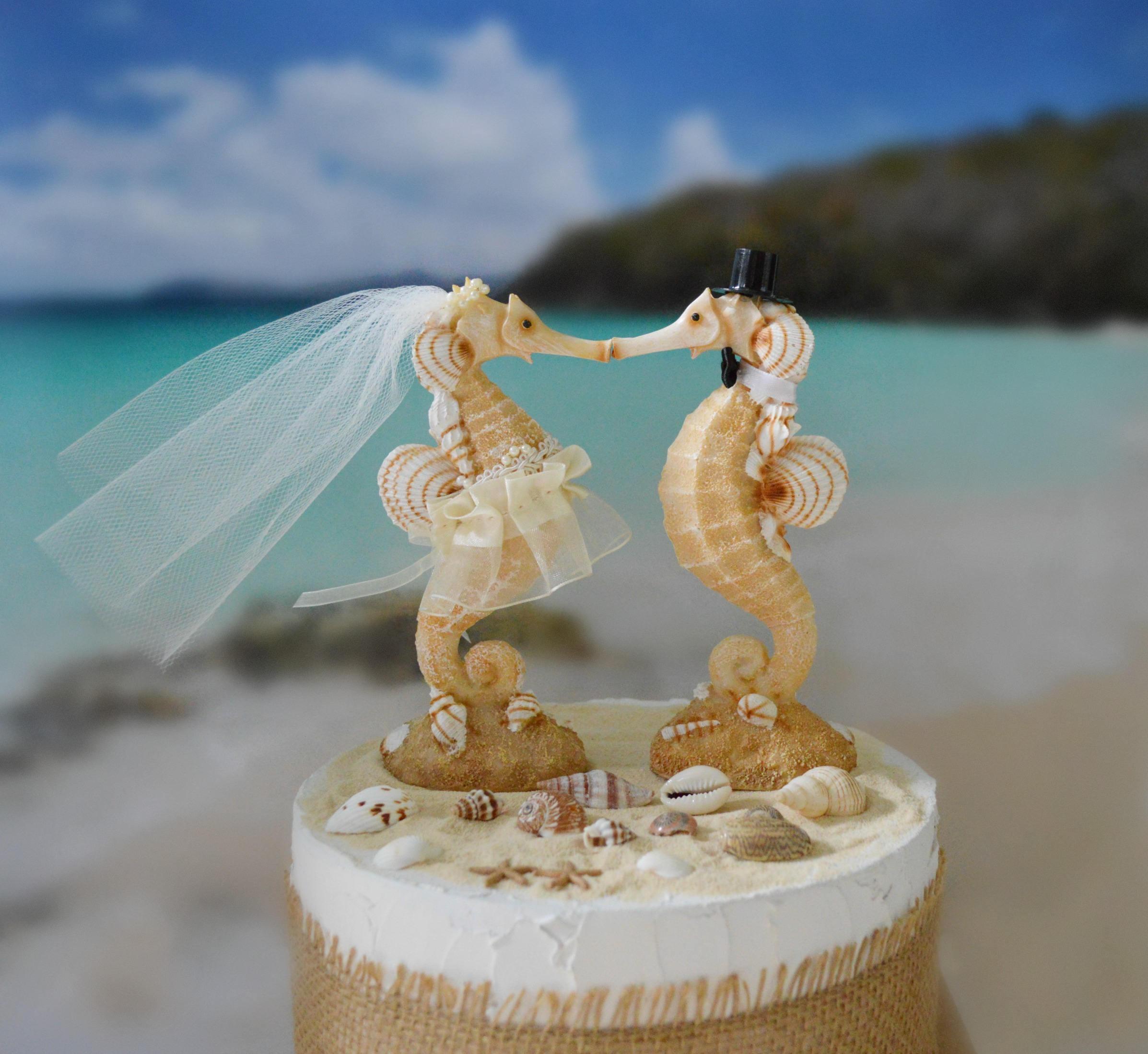 Kissing Seahorse Wedding Cake Topper