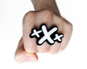 "Straight Edge ""xXx"" Ring, adjustable"