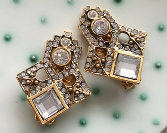 Sparkling large clip on earrings, best for mother, vintage glamour jewelry, retro luxury, shiny wedding, geometric earrings, fake diamonds
