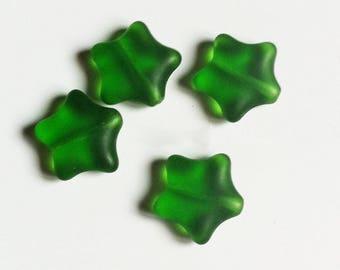 10 green 11mm glass stars