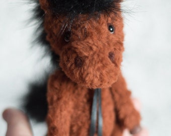 Yan Teddy Horse pony