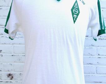 80's Vintage Delta Theta Tau Bantams Tag Olive Green and White Sorority T-Shirt Size Large
