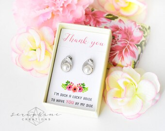 Bridesmaid Pearl Earrings, Bridesmaid Jewelry Wedding Gift Bridal Shower Gift, Maid of Honor Earrings, Pearl Earrings, Wedding Party K070