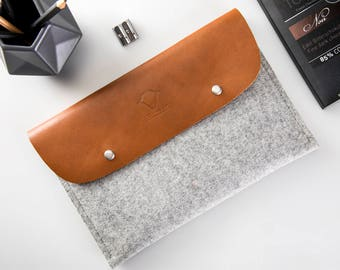 iPad Pro 10.5 inch case Apple pencil case iPad leather case fits with apple keyboard or cover 100% Natural wool felt case Genuine Leather