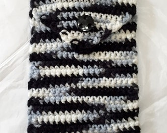 Crochet Kindle Cozy, Crocheted Kindle Case, Nook Sleeve, Crocheted Nook Case
