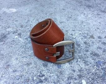 Boho Belt -- Wide leather waistband belt with unique fastener -- Large
