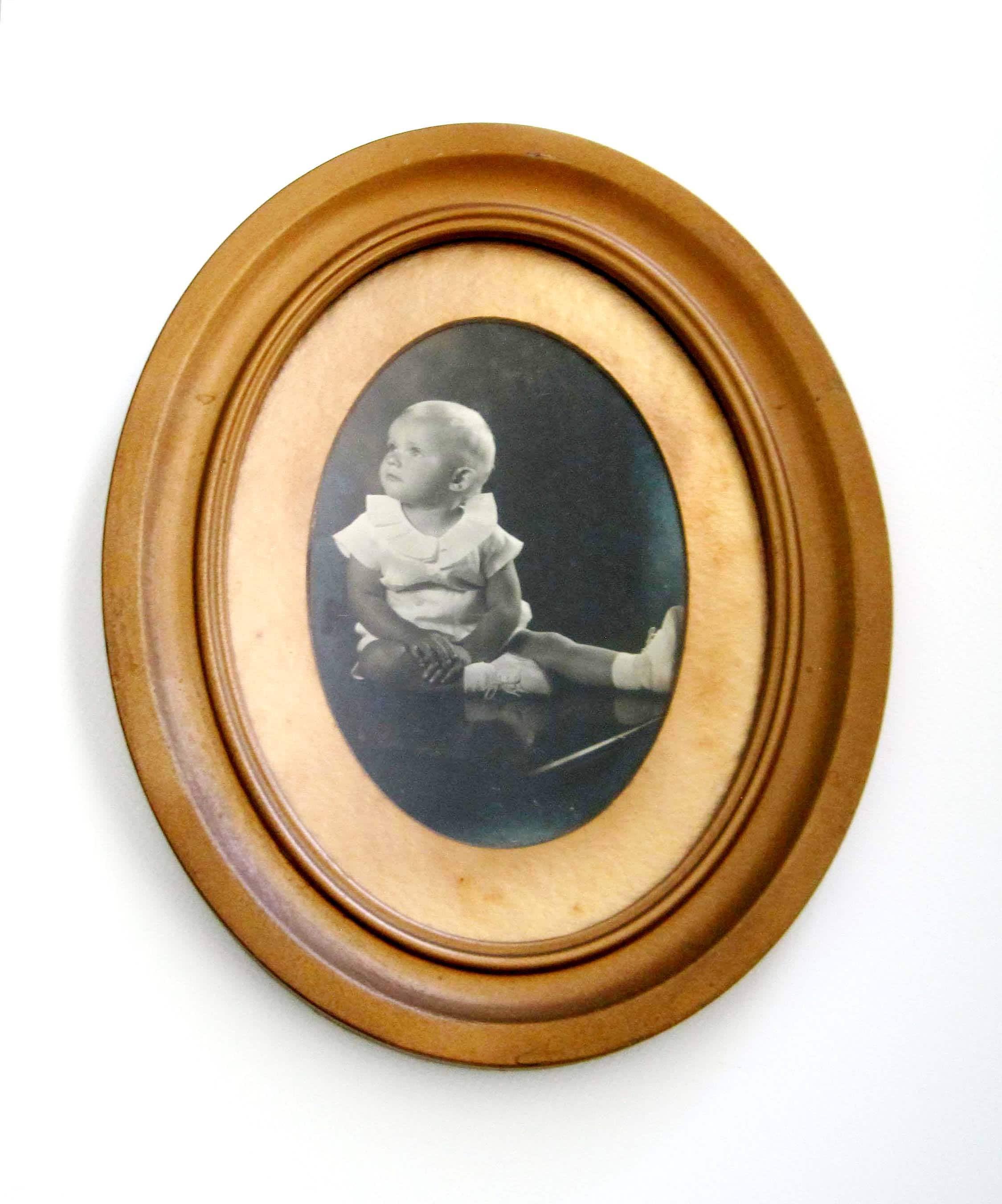 Vintage Oval Frame, Gold Metal Frame, Baby Picture, Gold Oval Frame ...