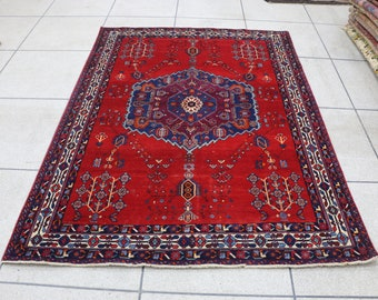 "5x7 Persian rug, red and blue vintage Persian rug, 5x7 Persian area rug. Size: 160 cm x 217 cm - 5'3"" x 7'1"""