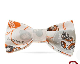 BB8 bow tie / movie bow tie/ geek bow tie / gift for him / white and black bow tie / men's accessories / women's accessories