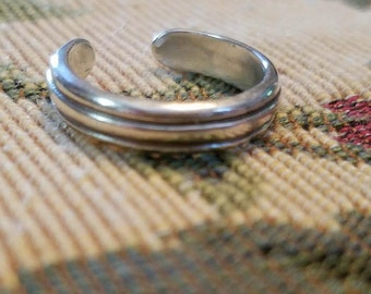 Vintage Sterling Silver 925 Band Toe Ring Ladies 1990s Size 4.5
