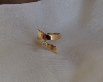 Sarah Coventry Starlite Adjustable Ring 5799    Vintage, Golden, Wrap