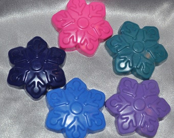 Snowflake Recycled Crayons, Total of 5.  Boy or Girl Kids Unique Party Favors, Crayons.