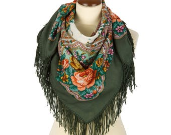 "Russian green babushka folk kerchief size 35"" Pavlovo Posad wool shawl Bohemian fringed piano shawl Red roses floral shawl Mothers day gift"