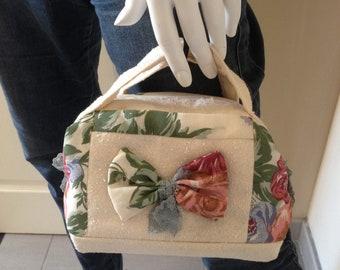 Small romantic bag