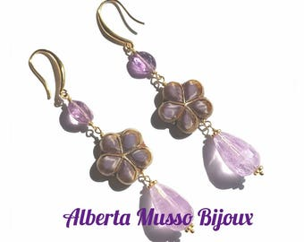 Flirt Amethyst Flower Earrings