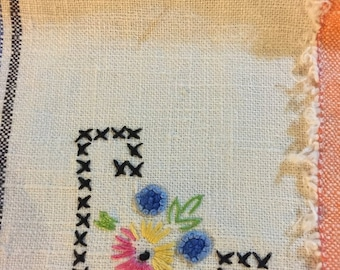 APRILSALE Set of 2 vintage hand embroidered napkins