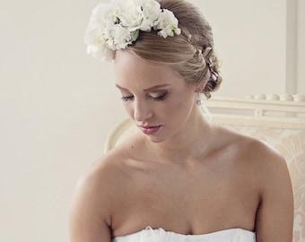 Floral crown Wedding crown Floral headpiece Bridal headpiece Flower crown White flower crown
