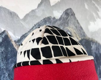 Black and White Fleece Lined Hat