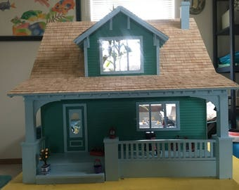 Beach Bungalow Escape Doll House