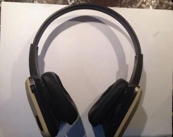 Vintage Pair Of Tandy Twin Speaker Portable Headphones AM/FM Radio Made In Korea