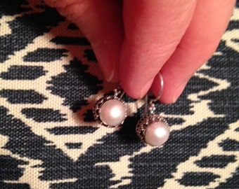 Balinese silver earrings with freshwater pearl