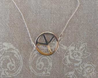 "Silver Choker ""Peace & Love"""